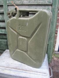 Brocante jerrycan van 20 liter