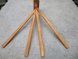 Houten wandhanddoekrek