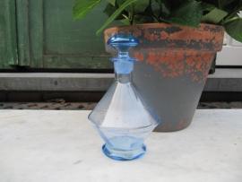 Frans lichtblauw stolpflesje