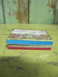 Frans oud doosje met kroontjespennen