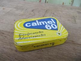 Leuk heel oud blikje Calmel 60