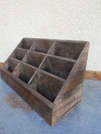Oude houten Franse 9 vaks presentatie bak voor bijvoorbeeld folders