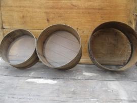 Oude houten zeef rond large