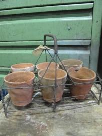 Antiek Frans rekje met 6 terracotta potjes
