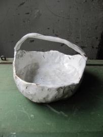 Brocante aardewerk geglazuurd mandje
