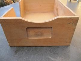 Brocante houten buro/archiefbak