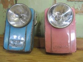 Super leuke oude metalen Franse zaklamp merk Mazda