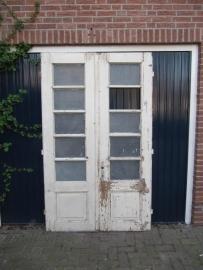 Set van 2 franse oude houten deuren met glas