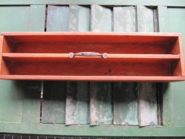 Oude houten timmermansbak