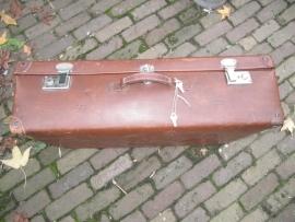 Hele mooie grote oude Franse bruine koffer