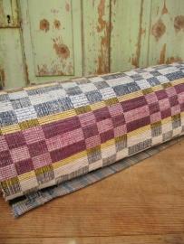 Mooi oud (gang) tapijt