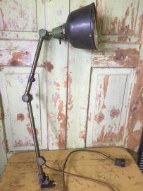Oude industriële Midgard lamp*