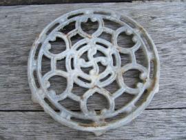 Frans zilverkleurig treefje gietijzer