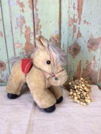 Brocant speelgoed knuffel paardje.