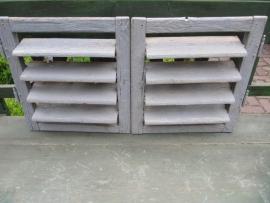 Set oude houten luikjes