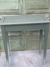 Frans Brocante groen tafeltje (site-table)