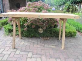 Oude Hongaarse tafel met 7 cm dik blad