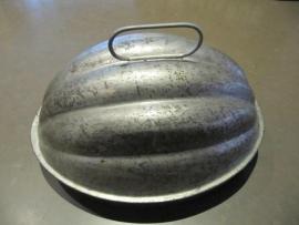 Antieke Amerikaanse pudding mal deels verzilverd.