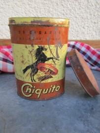 Oud ovaal blikje Chiquito