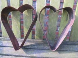 Set van 2 ijzeren harten