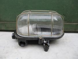 Brocante kooilamp met geribbeld glas en bakelite onderkant