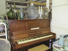 Mooie oude mahonie houten piano van Steinbach-Berlin