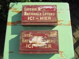 Brocante metalen lotterie verkoopkistjes
