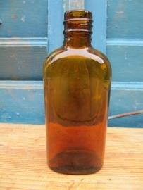 Oud plat bruin apothekers flesje van 125 ml