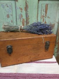 Vintage houten kist met deksel