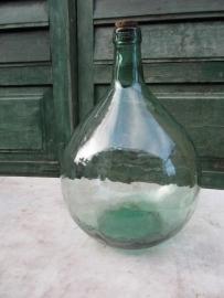 Leuke oude groene fles van Viresa glas