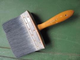 Mooie hele oude houten brede verfkwast