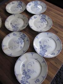 Plat bord Maatrichts aardewerk serie Nemone set van 7 stuks