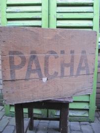 Hele oude Pacha koffiekist.