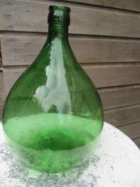 Brocante groene glazen bolle gistfles