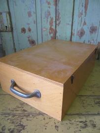 Vintage houten kist met 1 greep