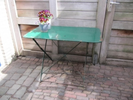 Oude Frans brocante metalen klaptafel