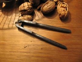 Metalen oude notenkraker