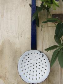 Brocante blauwe schuimspaan