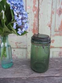 Oude groene inmaakpot L'Ideale 1,5 liter