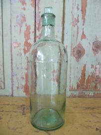 Antieke fles met stop