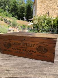 Antieke houten kist