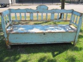 Antieke blauwe houten klepbank