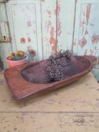 Oude houten deegbak