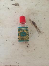 Oud miniatuurflesje 4711