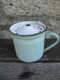 Emaille brocante mintgroene melkkoker