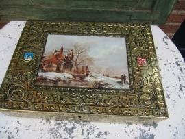 Goudkleurig bewerkt blik met landschap van Van Nelle