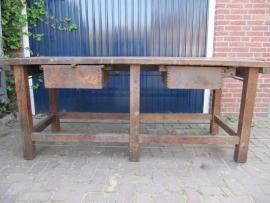 Oude houten werkbank/ateliertafel