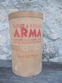 Frans Brocante houten vat van ARMA zeep