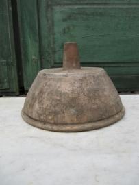 Oude Franse aardewerken wijntrechter / overloop