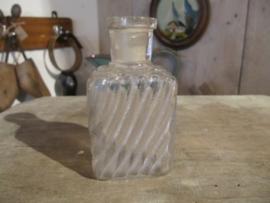 Frans bocante rechthoekig oud flesje